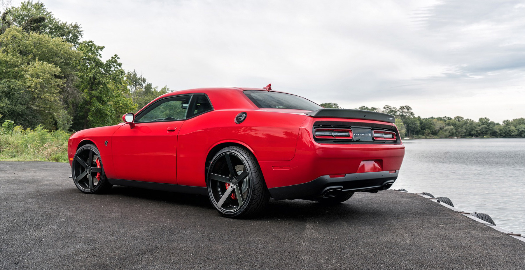 Red Dodge Challenger Hellcat x Rohana RC22 Wheels (Finished in Matte Black)